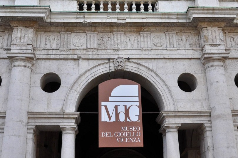 The sign of the Jewellery Museum on the Basilica Palladiana - Vicenza - Veneto, Italy - rossiwrites.com