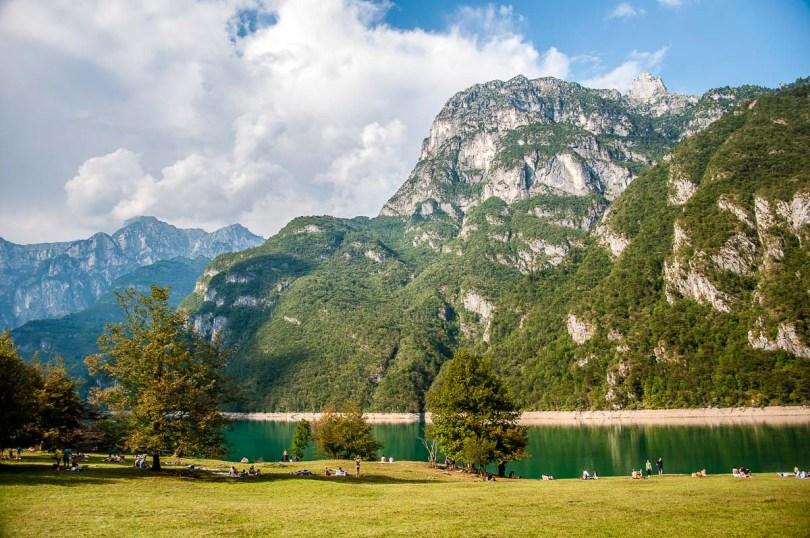 Lake Mis - Dolomites, Italy - rossiwrites.com