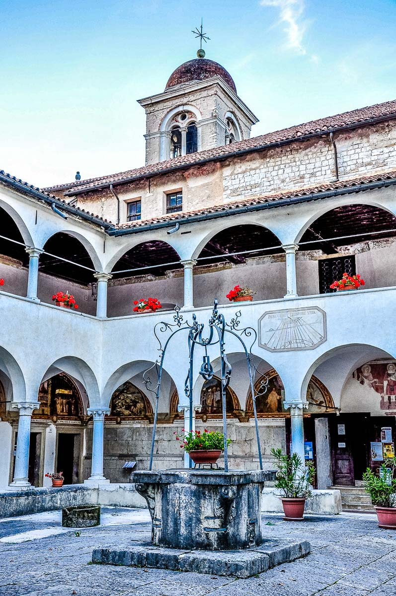 The cloister of the Monastery of St. Vittore and St. Corona - Feltre, Italy - rossiwrites.com