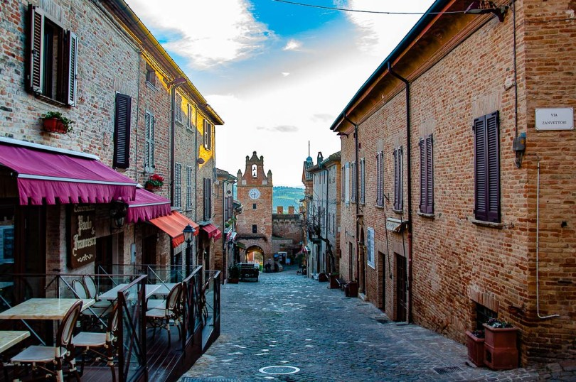 The main street of the fortified vllage - Gradara, Italy - rossiwrites.com