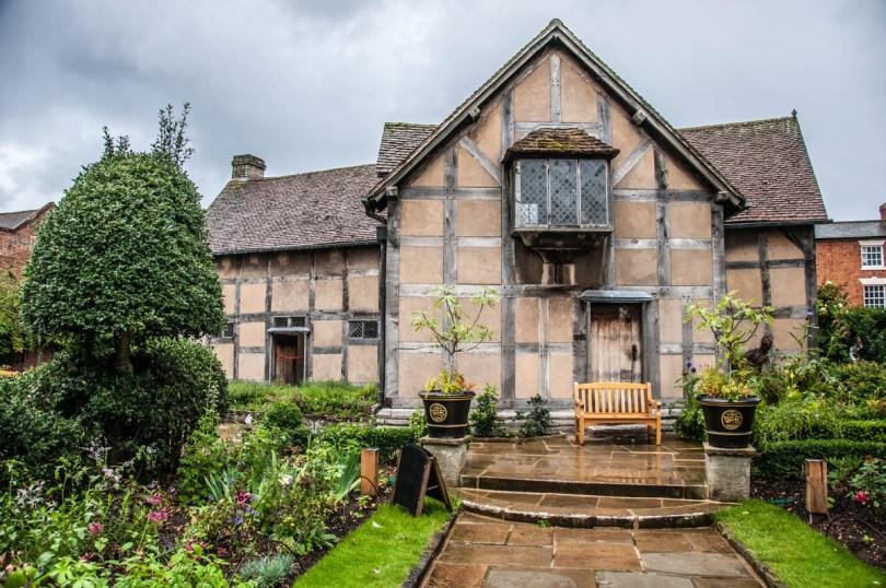 Shakespeare's Birth House - Stradfor-upon-Avon, UK - rossiwrites.com