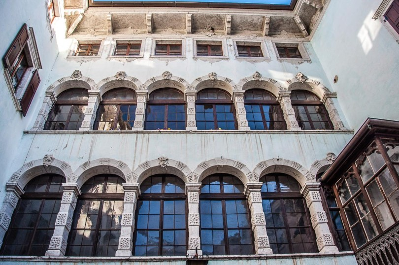 The windows of a Baroque palace in the town of Ala - Trentino, Italy - rossiwrites.com