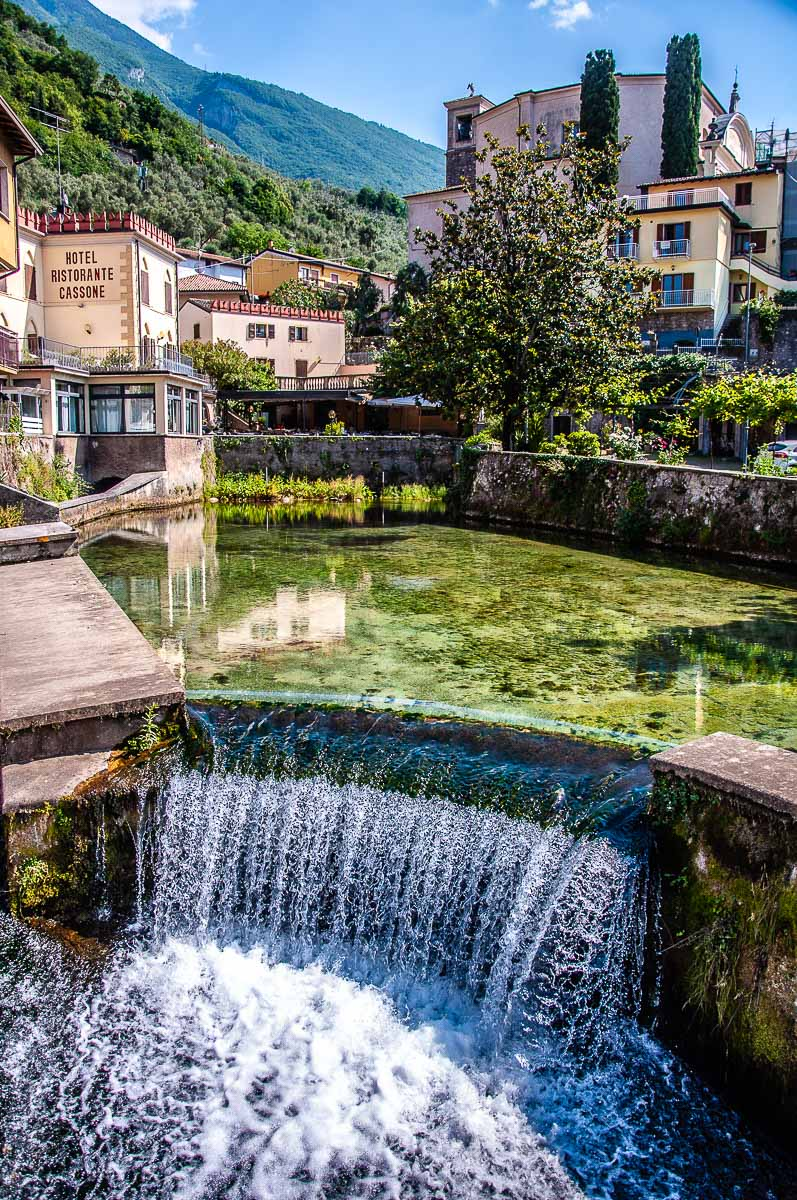 Italy's shortest river Aril in Cassone near Malcesine, Italy - rossiwrites.com
