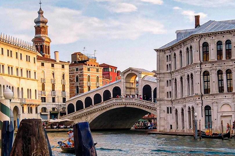 Rialto Bridge on the Grand Canal - Venice, Italy - rossiwrites.com
