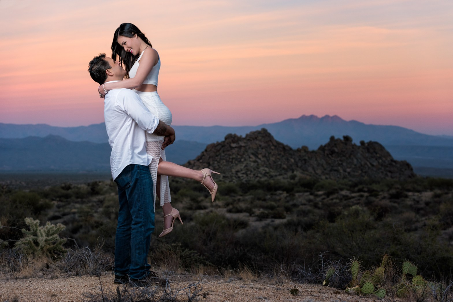phoenix arizona engagement photo