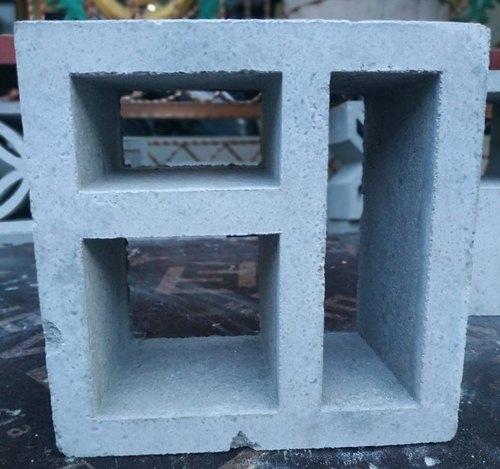 model roster beton lubang 3