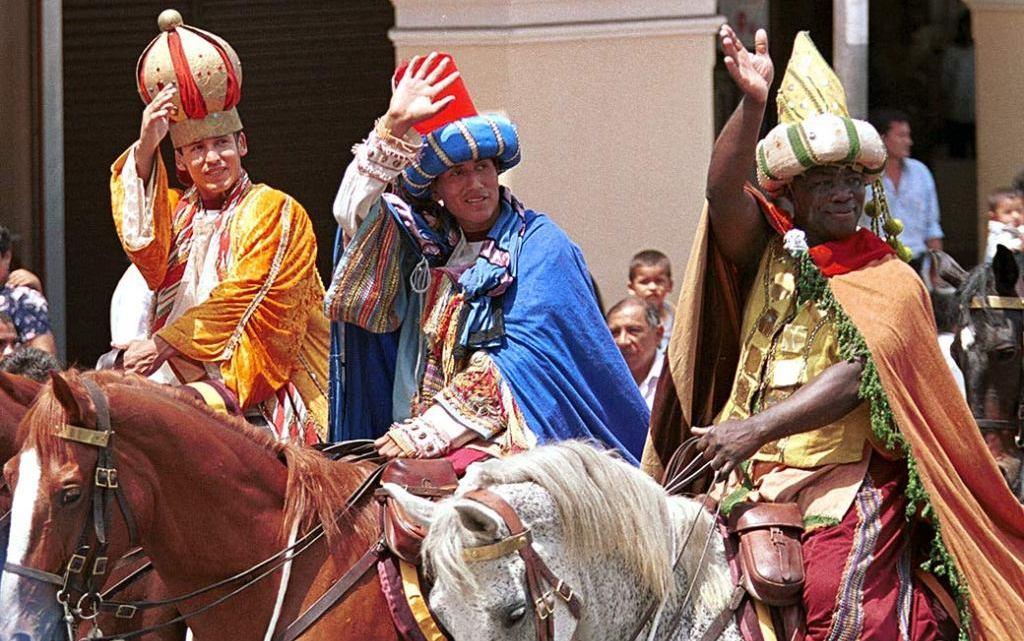 CRÓNICA EXPRÉS: Los regalos de los Reyes Magos a algunos políticos de Oaxaca