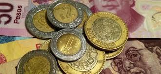 Sócrates A. Campos Lemus: Por un milagro no se ha devaluado el peso