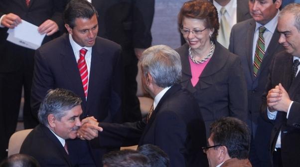 DEL ZÓCALO A LOS PINOS: Peña Nieto-López Obrador…¿Diálogo imposible?
