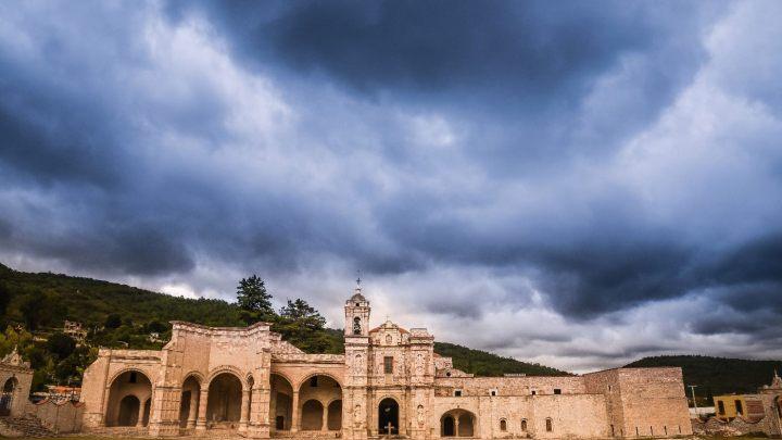 A más de dos años del sismo inició rehabilitación de monumentos de Teposcolula