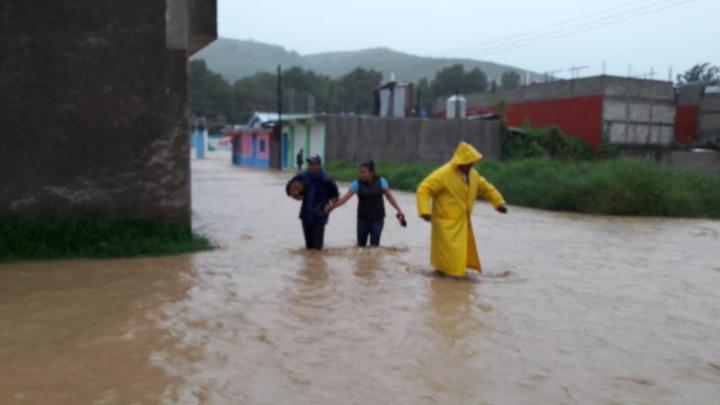 Tormenta afecta 3 Costa, Mixteca e Istmo; sigue operativo en estas regiones