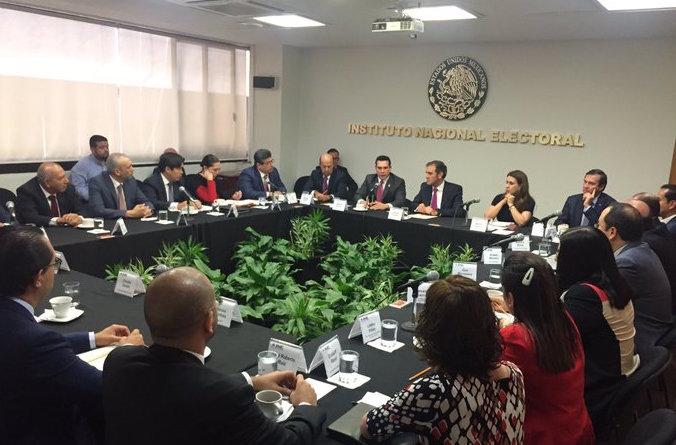 Consejer@s del INE se reúnen con miembros del CEN del PRI; destacan la importancia de cuidar las instituciones democráticas