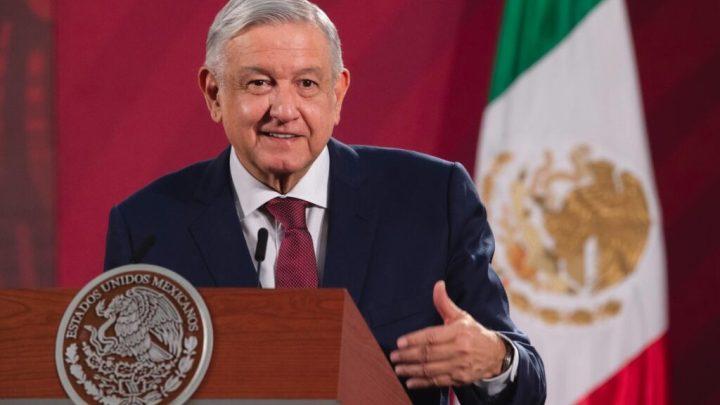 CRÓNICA POLÍTICA: AMLO ¿inicia giras estrictamente presidenciales o proselitistas?