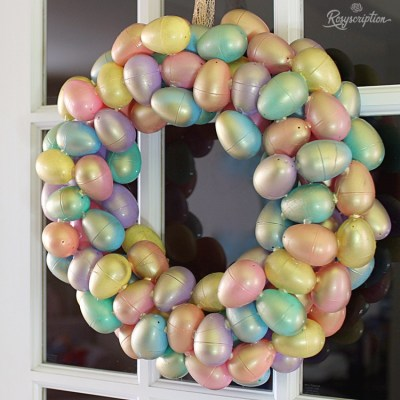 Pastel & Gold: A DIY Easter Egg Wreath