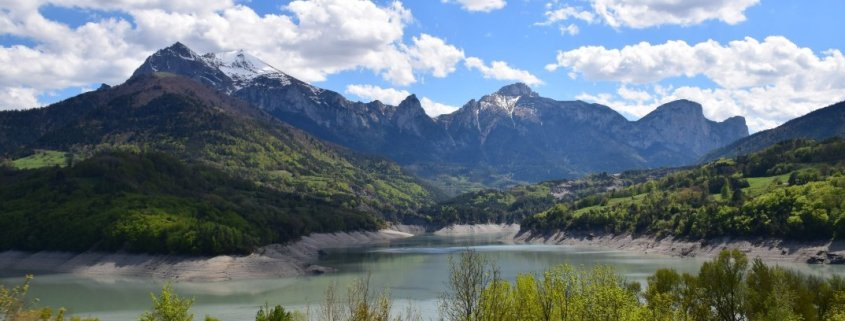 valley mountain hiking lake rotana ty