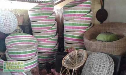 produksi-furniture-rotan-01