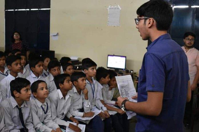 Healthcare sessions in Delhi schools | ROTARACT NEWS