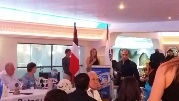 Michelle Cuervo lectura Himno a los Padres Dominicano