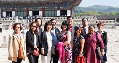 Regional Magazine Editors team at Seoul.
