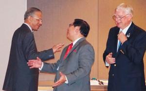 RIP Ravindran, Melito Salazer Jr. and TRF Trustee Ian Riseley in conversation.