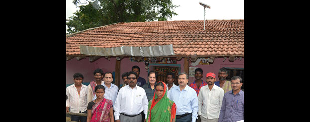 IPDG Ganesh Bhat and Mr Chatru Menda of Menda Foundation with beneficiaries.