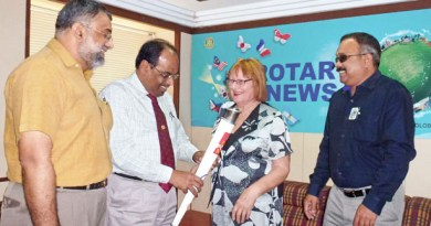 Rtn M K Gopinath, IPDG ISAK Nazar, Rtn Susanne Rea and PDG S P Balasubramaniam at the Rotary News Trust office in Chennai.