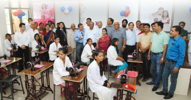 DG Sudhir Mangla along with Rotarians at a vocational training centre.