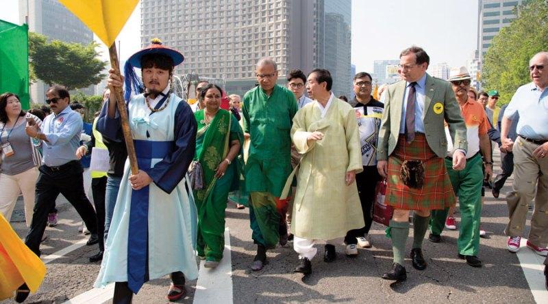 RI President KR Ravindran and Vanathy at the 3K Walk for Peace.