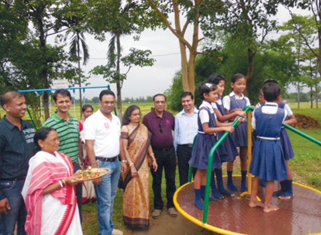 RC Siliguri Green RI District 3240 <br/> The club installed outdoor play equipments at Sharda Shishu Thirtho, Patherghata.