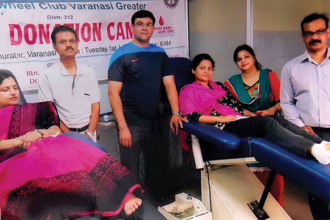 RC Varanasi Greater RI District 3120 <br/> Blood donation camp organised at I.M.A Building, Lahurabir.
