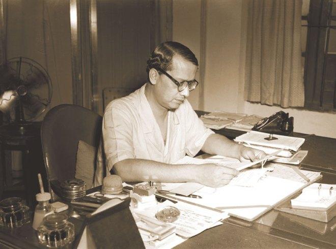 Sukumar Sen, Chief Election Commissioner of India. (First Election Commissioner of India).