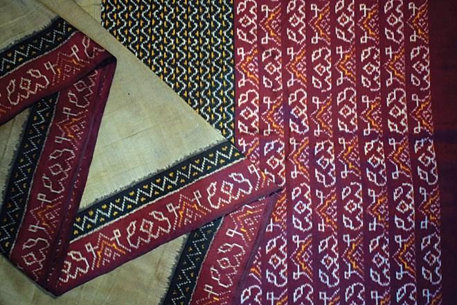An Ikkat silk sari from Puttapakka.