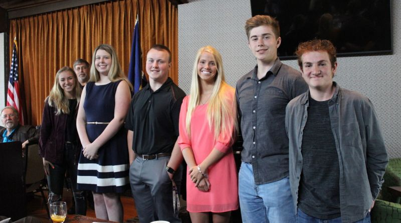 Posing for a group photo during the Rotary club lunch are from left, Taft 7-12 High School seniors Sarah Davis, Janelle, Kole Kovachevich, Shelby Easter, Nick Martin, Dylan Givargiznia. Back row: Lincoln City Police Chief Keith Kilian. Photo: Cassie Ruud