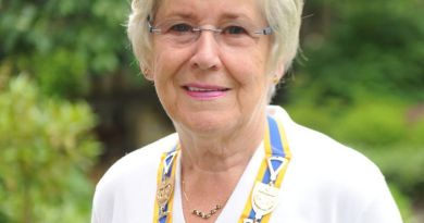 Pat Paul has taken charge as President of Rutherglen Rotary.