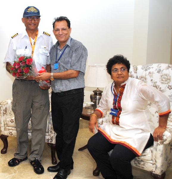 Ravi Bansal and his wife Pratibha being welcomed by R K Sharma, President of RC Ambala.