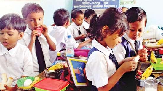 A programme 'Breakfast for All' is being undertaken by Priyobondhu at lower primary schools in Guwahati.
