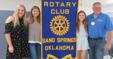 Brian Smejkal from the Sand Springs Rotary Club with this year's scholarship recipients Morgan Schlehuber, Baylee Cross and Madison Ward. Photo: Rachel Snyder