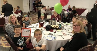 Winsfield Elementary School students enjoy lunch with teachers and Rotarians to celebrate their success. Photo: Submitted