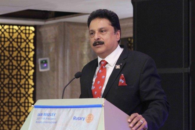 Vinay Bhatia Chartered Accountant, RC Faridabad NIT, D 3011