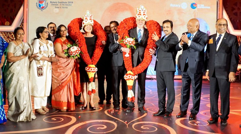 RI President Barry Rassin and Esther being felicitated at the Institute. Also in the picture:  Afzalunissa Nazar, Mala, Lalitha Subramanian, DG Babu Peram, RID C Basker, Institute Chairman ISAK Nazar and Secretary N Subramanian.