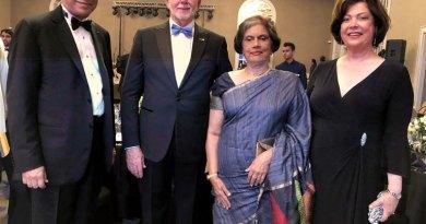 main-with-former-SL-President-Chndrika-Kumaratunga