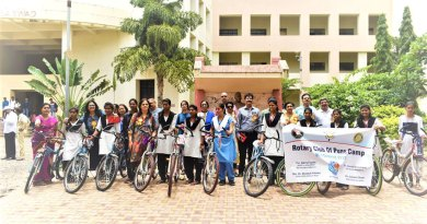 600---Rotary-bicycles-for-Pune-girls