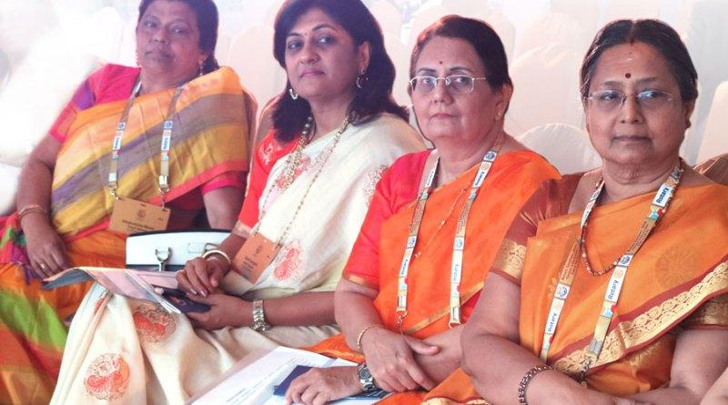 From L: Afzalunissa Nazar, Sonal Sanghvi, Madhavi Pandya and Mala Basker.