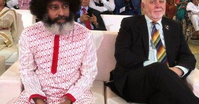 RI President Barry Rassin with Mahatria Ra.