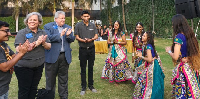 Rotaractors welcome RIPE Mark Maloney and Gay to the Rotaract meet in Surat. Also seen: PDRRs Nirav Trivedi (left) and Sashwat Desai.