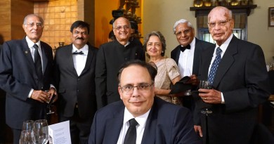Newly inducted AKS members Nick (R) and Manoj Israni (seated) with Satya Agarwala, Leela, TRF Trustee Gulam Vahanvaty, Sanjiv Kulkarni and Firoz H Kachwalla.