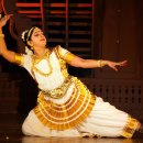Mohiniyattam — Captivating grace