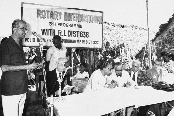 S L Chitale addressing a Rotary meet; the then Tamil Nadu Health Minister Dr H V Hande is seated second from left.