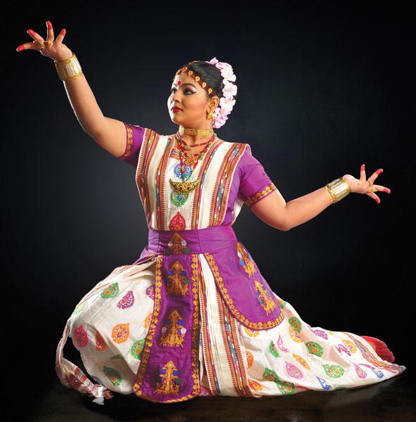Artist Krishnakshi Kashyap performs the Sattriya dance.