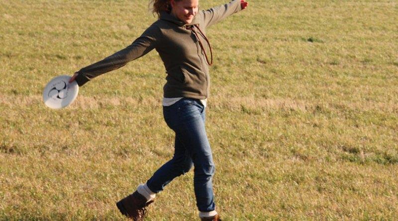 outdoor-girl-sun-woman-sport-field-956759-pxhere